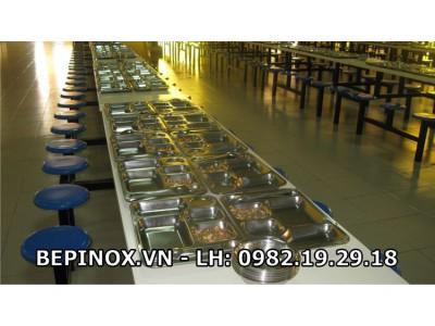 Khay cơm công nghiệp