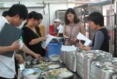 Công tác quản lý VSATTP bếp ăn tập thể và cơ sở cung cấp suất ăn sẵn còn nhiều bất cập