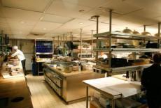 Hướng dẫn hoàn chỉnh về thiết kế bếp nhà hàng
