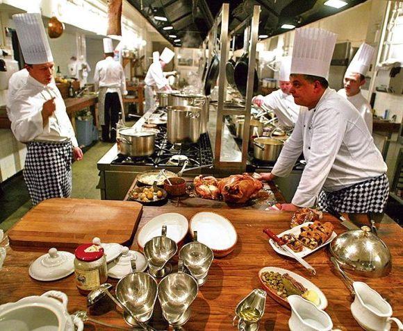 Thiết gian bếp công nghiệp nhà hàng