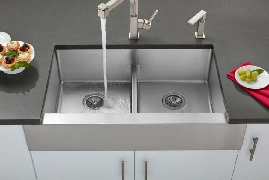 vòi nước và bồn rửa bằng thép chống gỉ